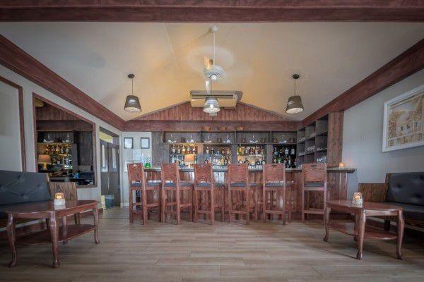 Indoor & Outdoor Bar in the Cayman Islands Image 2