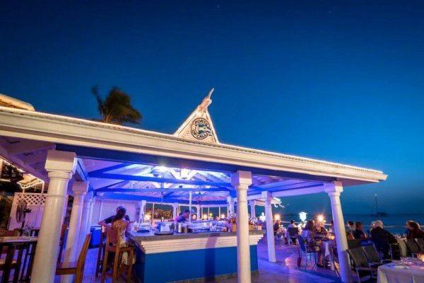 Indoor & Outdoor Bar in the Cayman Islands Image 4