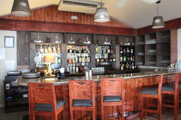 Indoor & Outdoor Bar in the Cayman Islands Image 5