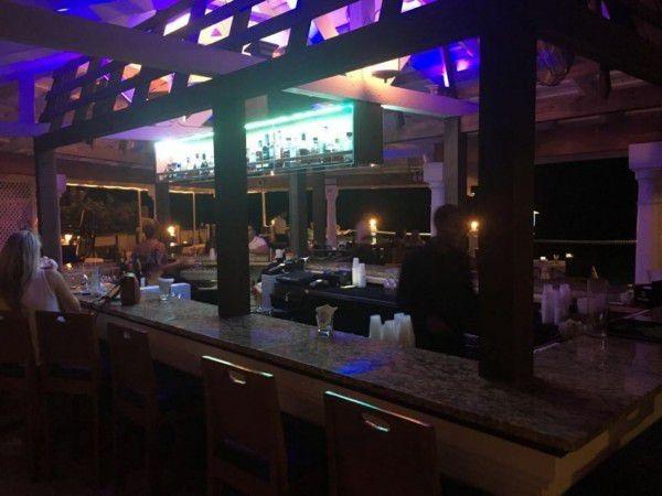 Indoor & Outdoor Bar in the Cayman Islands Image 9