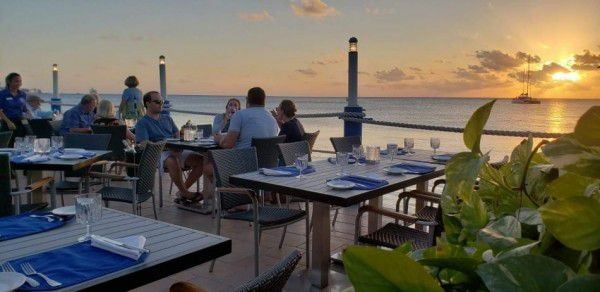 Waterfront Dining in the Cayman Islands Image 12
