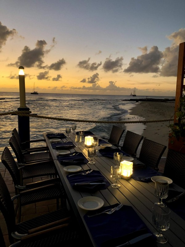 Waterfront Dining in the Cayman Islands Image 6