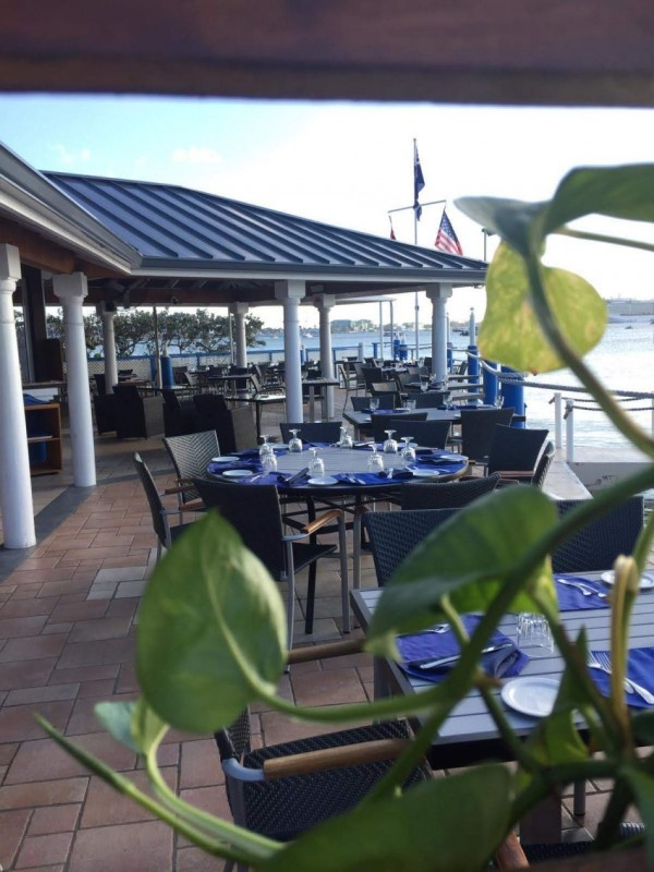 Waterfront Dining in the Cayman Islands Image 8