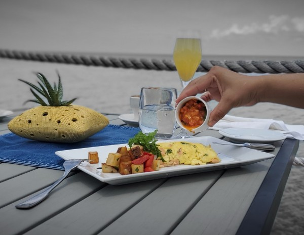 Breakfast and Lunch on the Waterfront - ALL DAY DINING