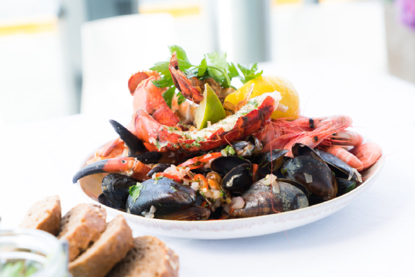 Enjoy the Best Seafood in the Cayman Islands