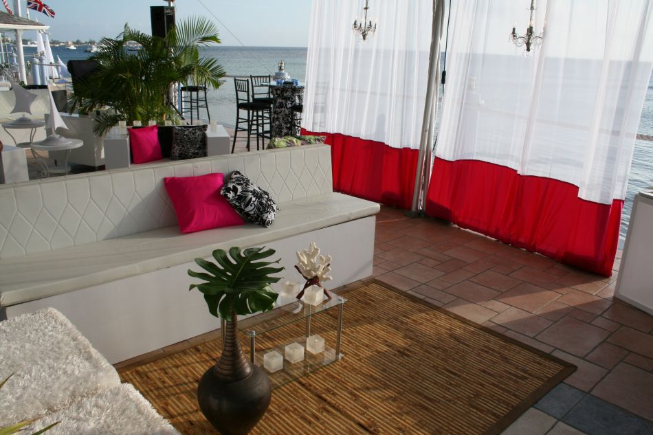 Waterfront Venue for Corporate Events & Parties in the Cayman Islands - Image 15