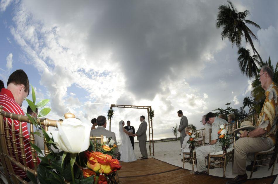 Cayman Islands Wedding Venue Image 14 - The Wharf Restaurant