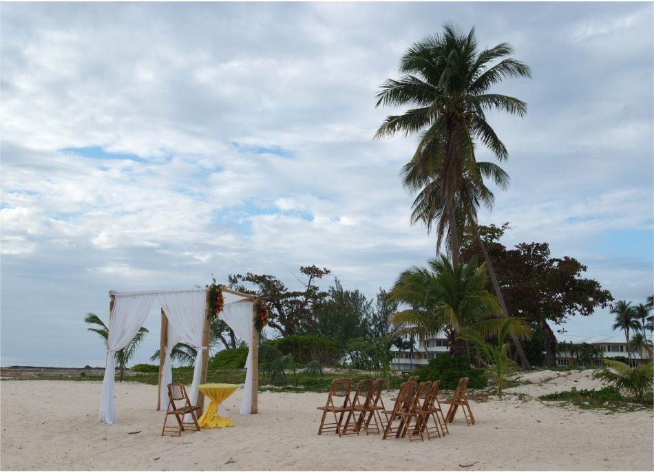 Cayman Islands Wedding Venue Image 7 - The Wharf Restaurant