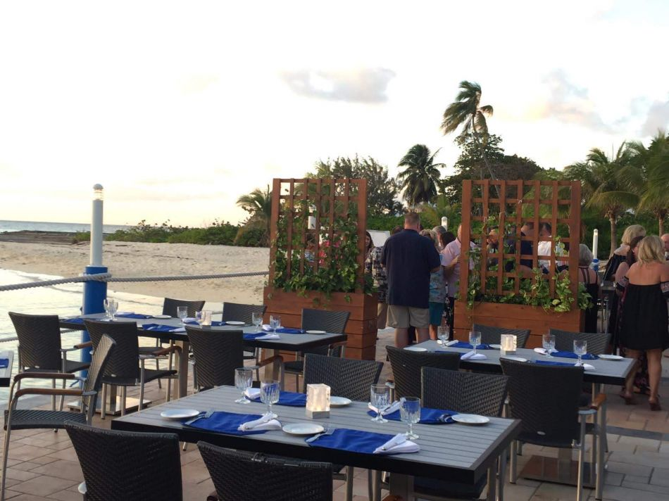 Waterfront & Indoor Dining in the Cayman Islands Image 2