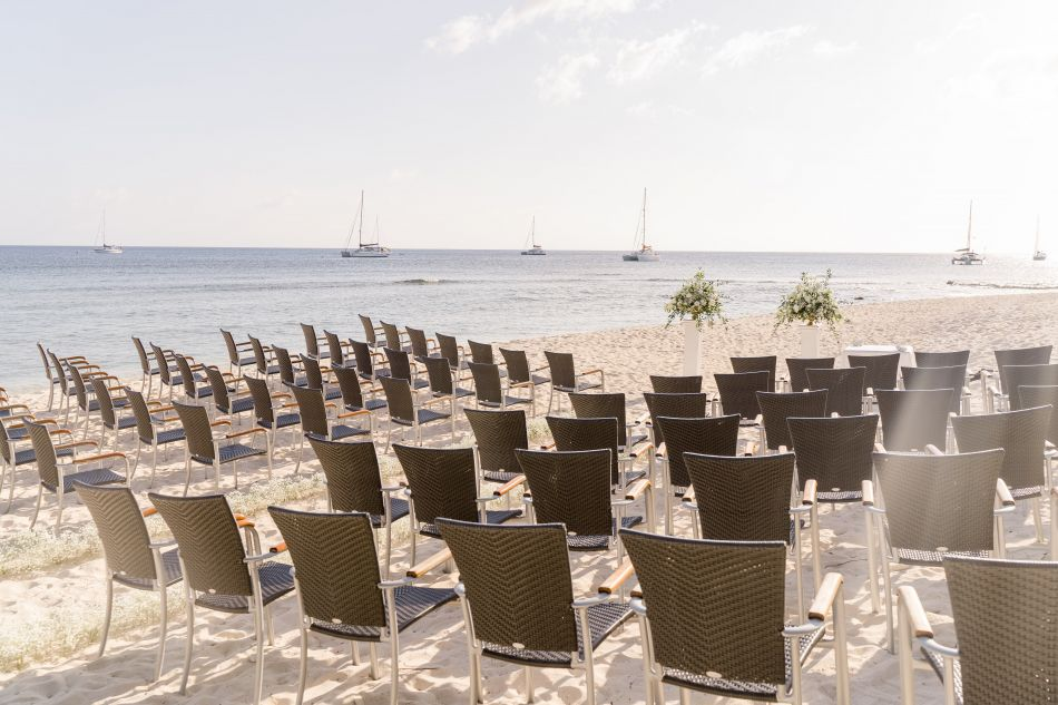 Waterfront Wedding Venue in the Cayman Islands Image 11