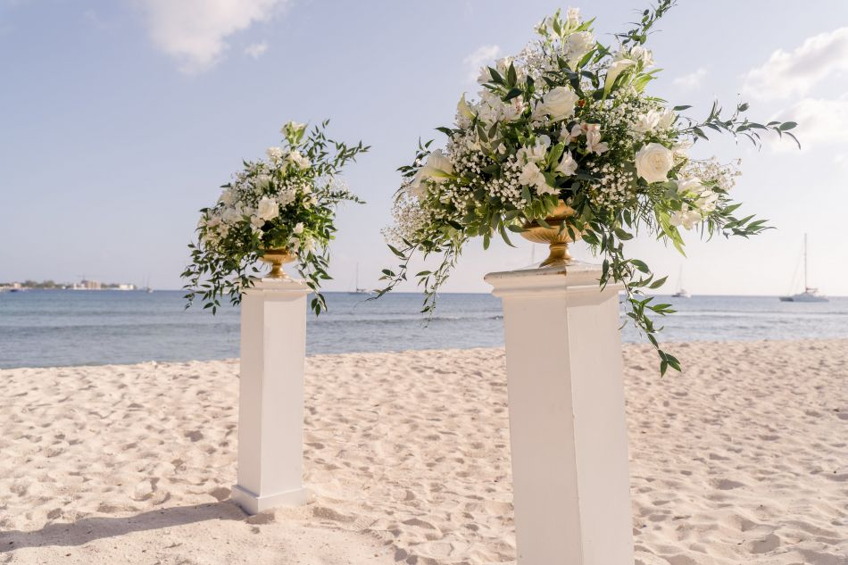 Waterfront Wedding Venue in the Cayman Islands Image 3
